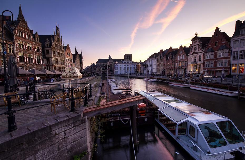 Violet Sunset in Ghent