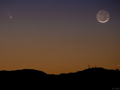 Comet Pan_STARRS and Moonset