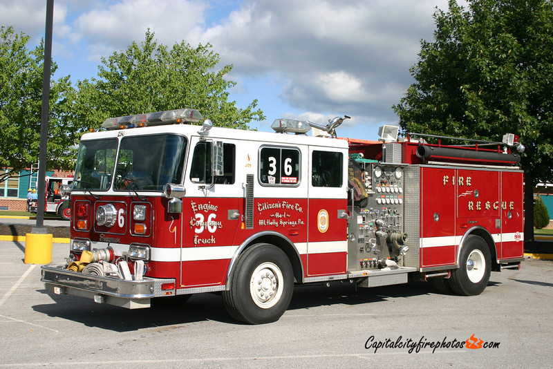 Mt. Holly Springs X-Engine 2-36: 1989 Seagrave JB 1750/1000   (*** Sold to Wexford Fire Co., Allegheny Co., PA in 2016 ***)