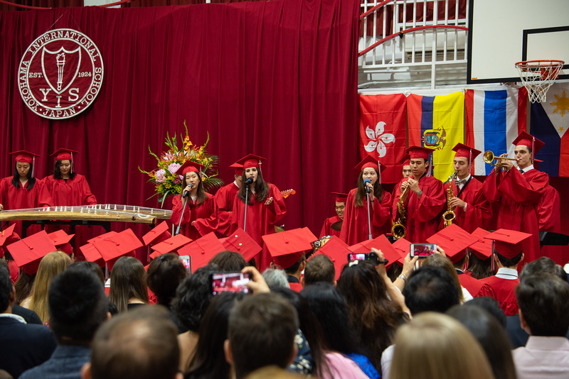 Senior -Graduation-YIS_3044-2018-19.jpg