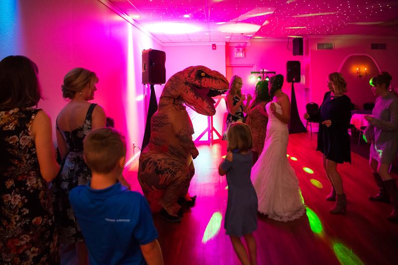 Fraizer Wedding the Reception (191 of 199).jpg