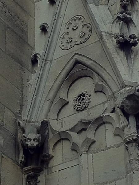 2012-04-09-0001-Debby and Elaine in Paris for Elaine's Winter Break-Notre Dame.jpg