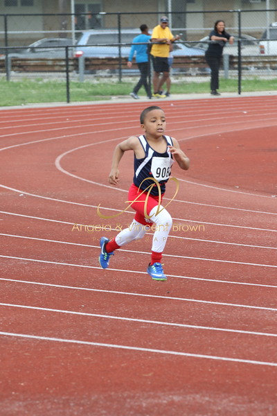 Dev4: 8 and Under Boys 400m
