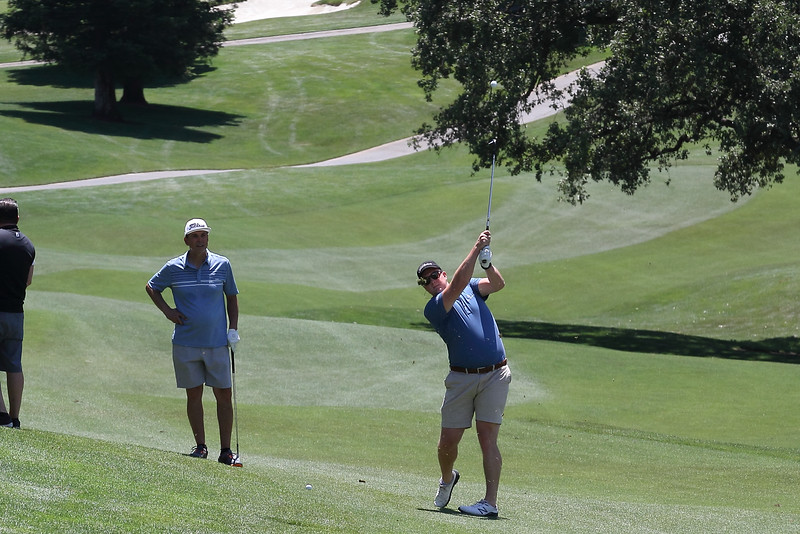 Momentum Golf Benefit-77.jpg
