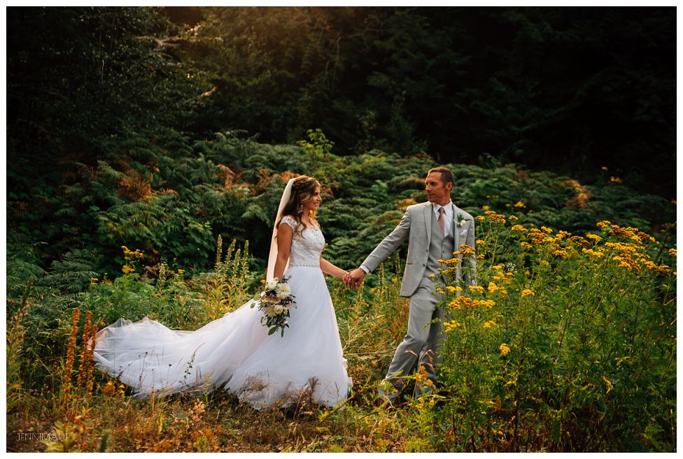 American Creek Lodge Wedding with Simple Soiree