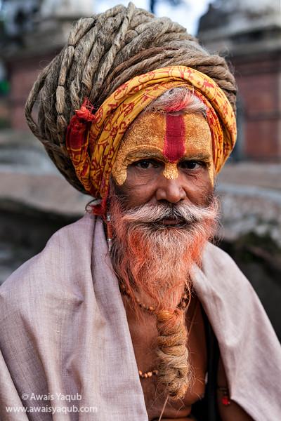 Sadhu in Pashupatinath Mandir in Kathmandu