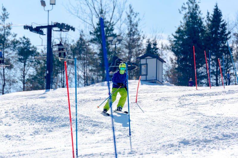 Standard-Race_2-3-18_Snow-Trails-73563.jpg