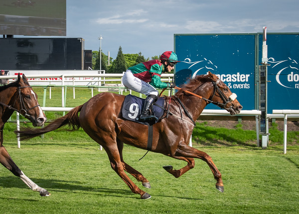 Doncaster Races - Fri 04 June 2021