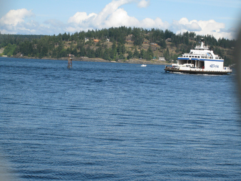 Here's the Quadra Island ferry coming to get us.