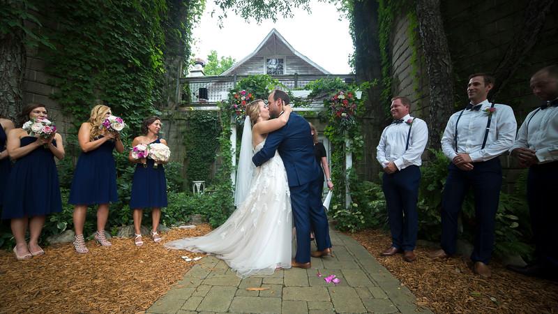 Garrett & Lisa Wedding (359).jpg