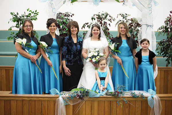 Bride-and-brides-family