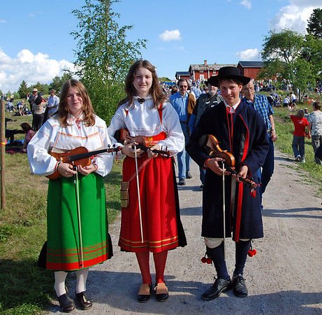 Music in Sweden and midsummer dance
