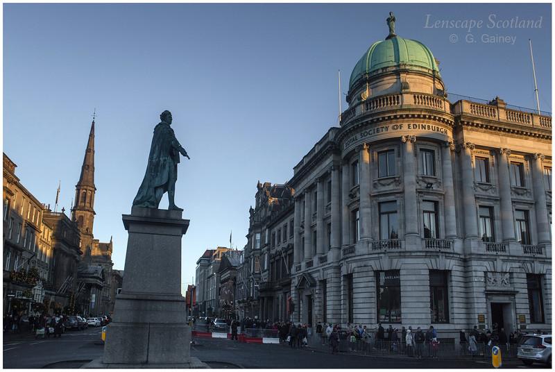 King George IV statue, George Street (3)