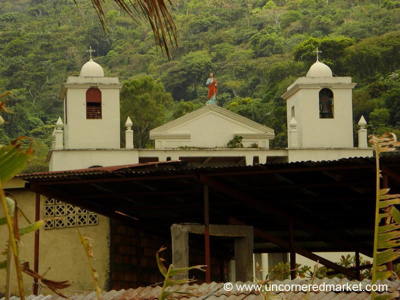 Church in Alegria, El Salvador