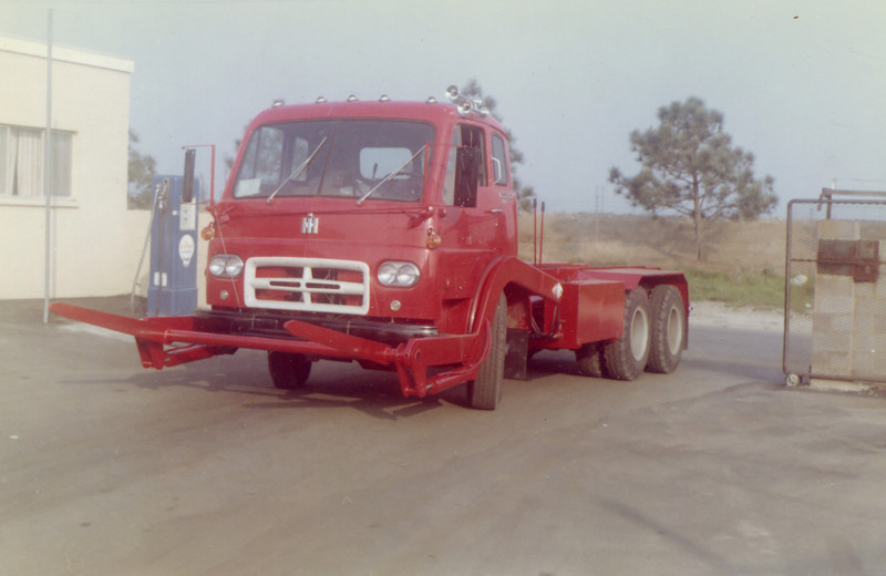 International CO190 Front Load Chassis