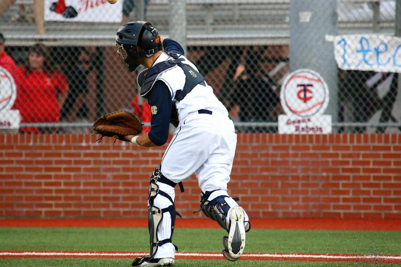\\hcadmin\d$\Faculty\Home\slyons\HC Photo Folders\HC Baseball_State Playoffs_2012\20120513_197.JPG