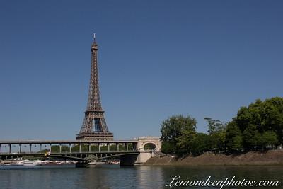 Tour Eiffel-Champs de Mars