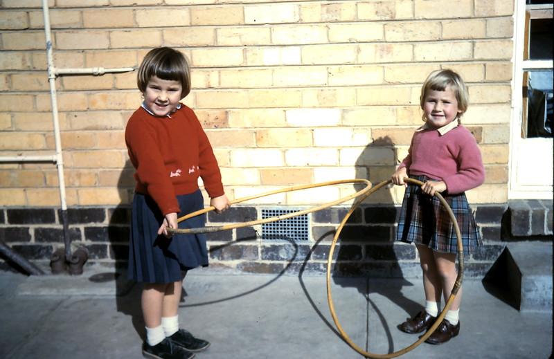1960-7 (8) Louise 4 & Debbie 3 Holzer.JPG