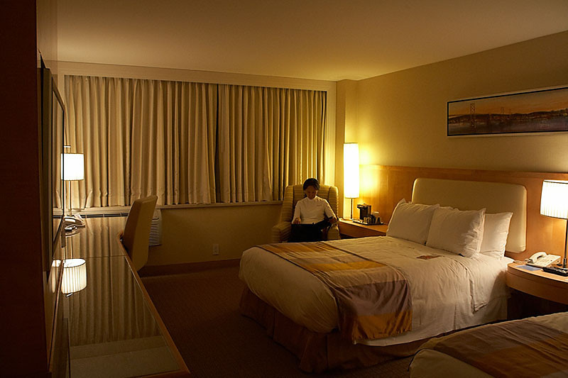 After staying in the tent cabin for two nights, we thought it'd be nice to treat ourselves to a room at the Hilton by San Francisco's airport.