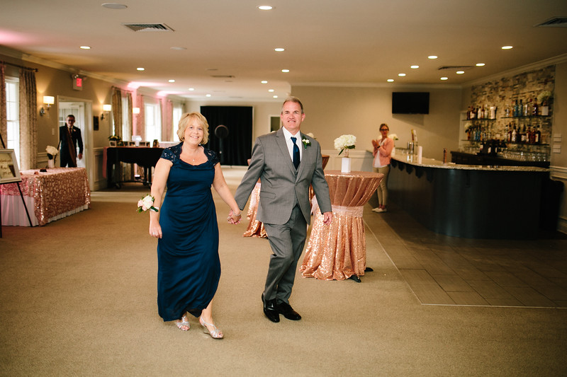 amie_and_adam_edgewood_golf_club_pa_wedding_image-795.jpg