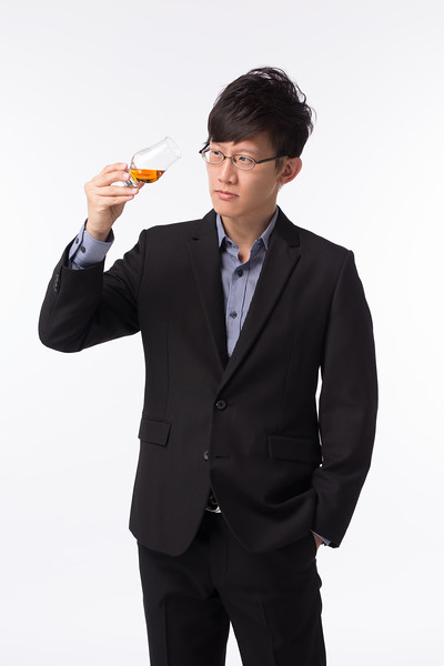 EZBAR品酒師Online專業形象照