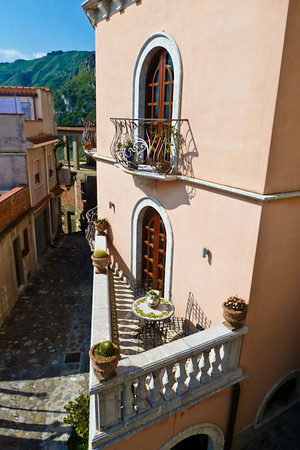 2011- 05 SICILIA ITALY