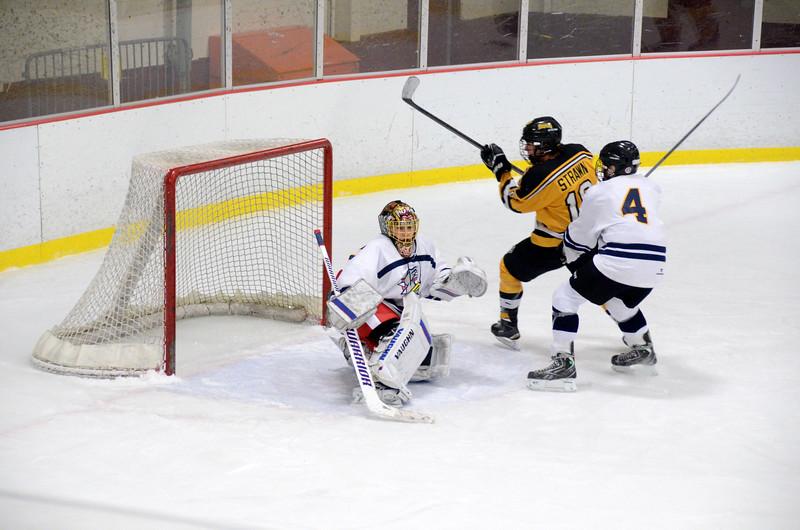 141004 Jr. Bruins vs. Boston Bulldogs-257.JPG
