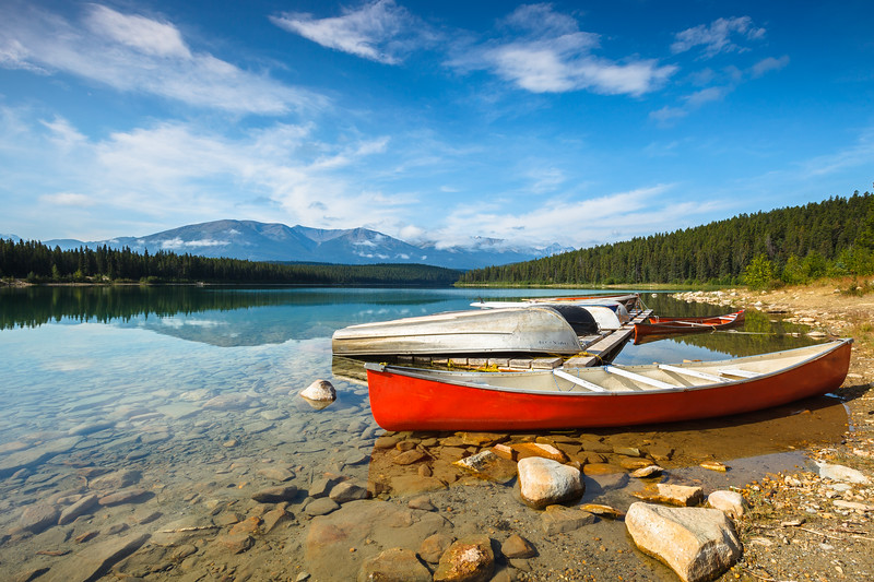 Patricia Lake, Jasper National Park. Alberta, Canada.