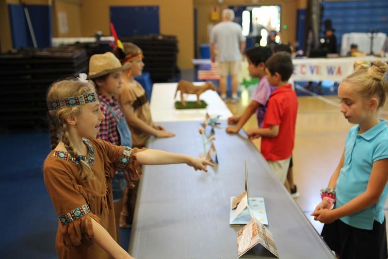 3rd Grade Living History00035.jpg