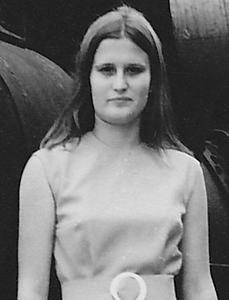 Professora Primaria - Lucapa  71-72