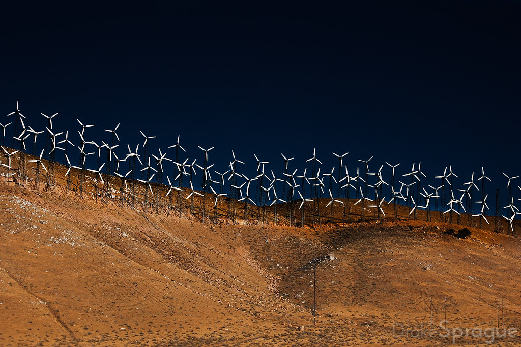 Tehachapi Pass Wind Farm - Tehachapi, California, USA