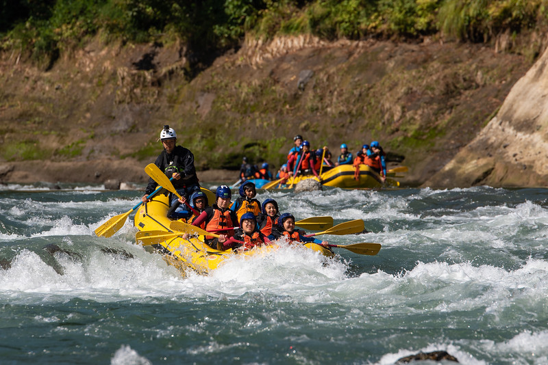 Grade 8 Expedition-Rafting-ELP_3784-2018-19.jpg