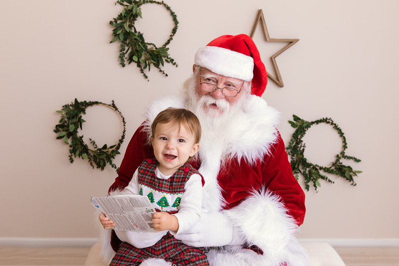 Santa 2017 HIGH Res 370A1390-Edit.jpg