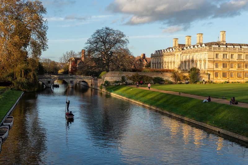 Punting on the Cam 4.jpg
