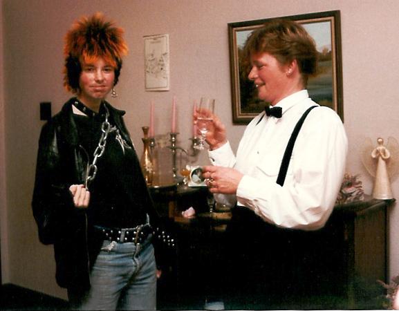 1989 May 114 11 Mad Jan & Josie.jpg