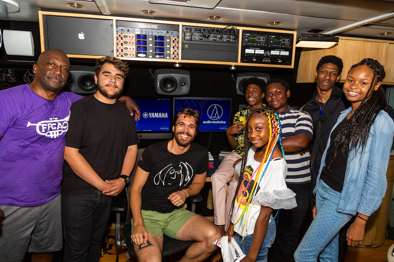 2019_06_30, Fernando Pullum, LA, Los Angeles, Marcus Garvey School, Joshua Greene, Bus, Interior, Yamaha, Audio-Technica