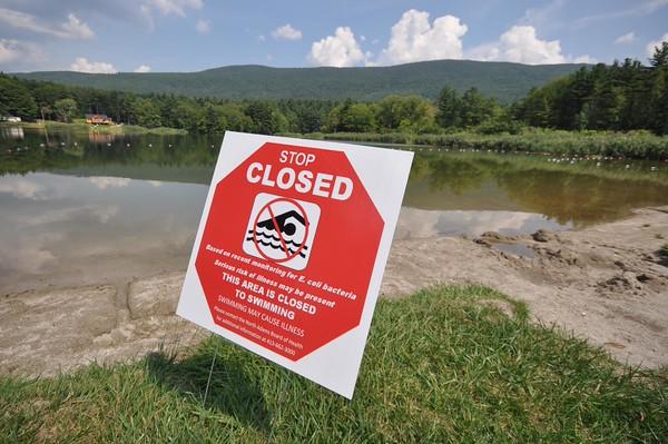 Windsor Lake closed due to E. coli-081815