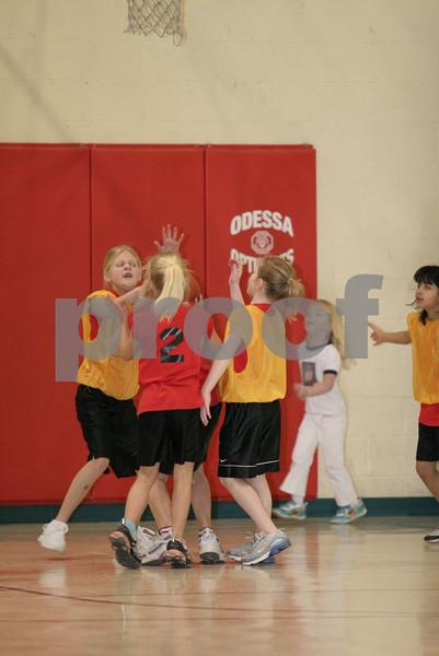 2-3 Girls-Odessa Burnell vs Odessa Weaver 2-16-08