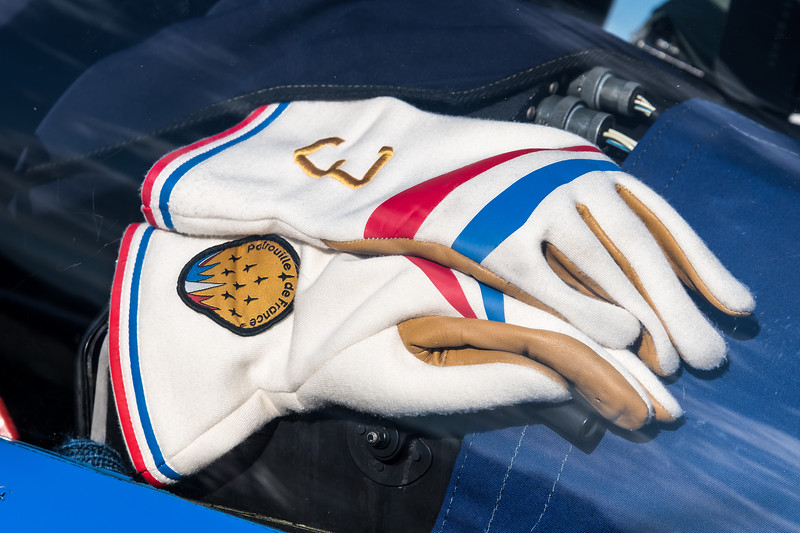 French Air Force PdF / Dassault Breguet Alpha Jet / Gloves of Patrouille de France Livery