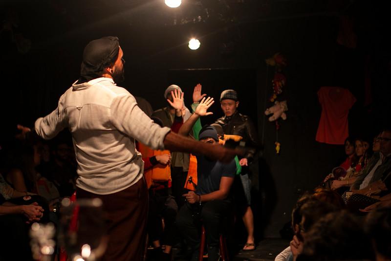 Allan Bravos - Fotografia de Teatro - Indac - Migraaaantes-144.jpg