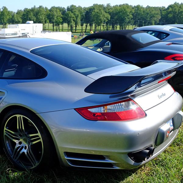 Porsche Turbo 02.jpg