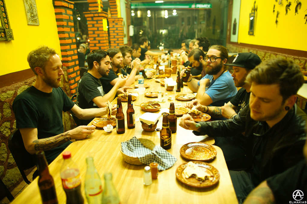 big family dinner with a bunch of people we didn't know!