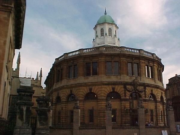 Sheldonian Theatre - Oxford.JPG
