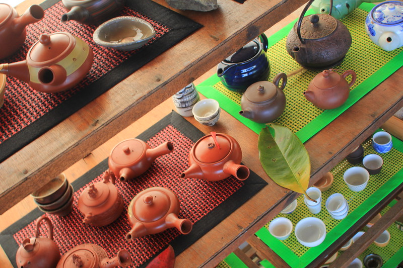 IMG_9729 wernisaj teapots.JPG