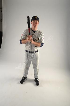 25875 2009 Men's Baseball Media Guide Photos