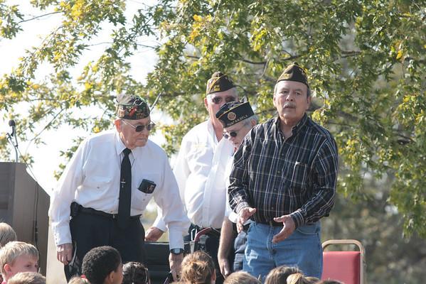 Veterans Day program-photos/Toni Hopper