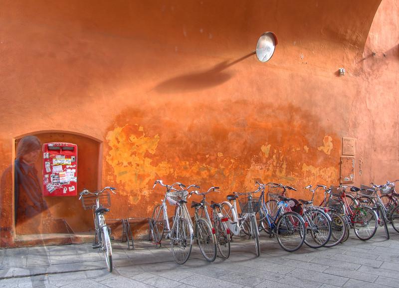 Via Farini - Reggio Emilia, Italy - October 11, 2010