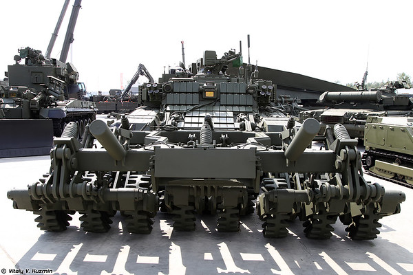 Military-technical forum ARMY-2017 - Static displays part 3: Combat engineering, repair and support vehicles