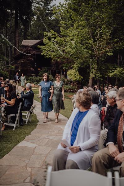 2018-05-12_ROEDER_JulieSeth_Wedding_ROEDER1_0096.jpg