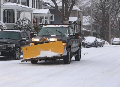 Lowell snow plows 121719